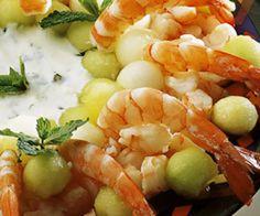 Salada de Camarão com Frutas - http://www.receitasja.com/salada-de-camarao-com-frutas/