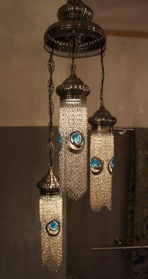 Three lamps with blue eyes chains - Déco Chez Moi