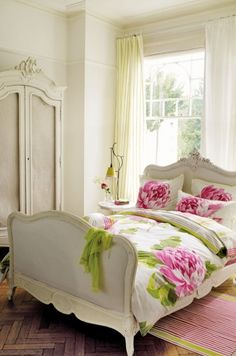 getting ready to redo an antique bed very similar to this one. can