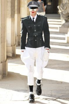 Thom Browne Spring 2014 Menswear Collection Slideshow on Style.com