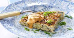 En spansk tortilla är en slags omelett. Här görs torillan med fänkål som har en lätt lakritssmak.