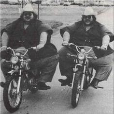 Benny and Billy McCrary, were identical twins and entertainers. At 743 and 723 pounds and having 84inch waists.Billy died in 1979 during a motorcycle stunt at Niagra Falls. Benny died in 2001.