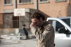 """The Walking Dead """"Welcome to the Tombs"""" S3EP16"""