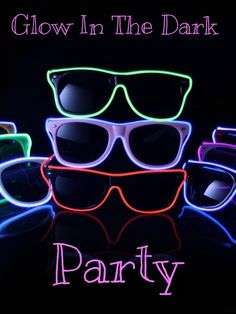 Light Up Sunglasses for a Glow In The Dark Party via @BLovelyEvents | Neon Party | New Year's Eve Party Ideas