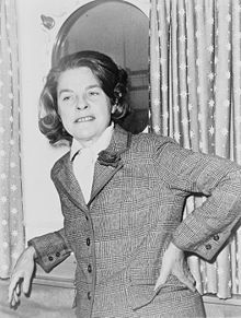 Another dead female writer I had to put up here: Mary McCarthy, whose The Group showed the women of her generation who they really were, not who their husbands and fathers wanted them to be.