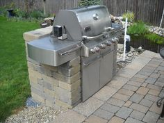 "Check out our website for more details on ""built in grill patio"". It is actually a superb area for more information. Outdoor Grill Area, Outdoor Grill Station, Outdoor Kitchen Patio, Patio Grill, Outdoor Kitchen Design, Backyard Patio, Outdoor Decor, Outdoor Kitchens, Backyard Ideas"