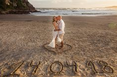 Four Tips For A Beautiful Beach Wedding Pre Wedding Shoot Ideas, Pre Wedding Photoshoot, Wedding Poses, Wedding Tips, Beach Wedding Photos, Wedding Pictures, Wedding Beach, Prenup Photos Ideas, Couples Beach Photography