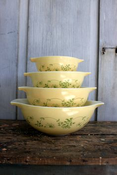 set of 4  pyrex mixing bowls // vintage by umbrellafant on Etsy, $55.00