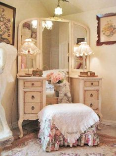 All You Need To Know About Shabby Chic Home Furnishings – Shabby Chic Home Interiors Shabby Chic Mode, Shabby Chic Bedrooms, Shabby Chic Style, Shabby Chic Furniture, Vintage Bedrooms, Small Bedrooms, Trendy Bedroom, Guest Bedrooms, Guest Room