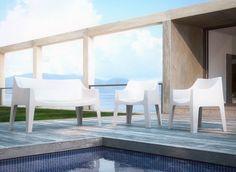 """Ideal para oficina y hogar: Sofa COCCLONA - UPPER PANAMA  Silla apilable de polipropileno, muy robusta y estable Es perfecto para uso en exteriores Con su diseño innovador, su """"también el asiento ideal para el vivir Disponible en una amplia gama de colores, con cuatro Patas antideslizantes."""