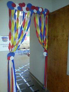 VBS door decor or party. Carnival Decorations, Carnival Themes, Circus Theme, Circus Crafts, Cute Coasters, Bible School Crafts, Arts And Crafts, Diy Crafts, Church Activities