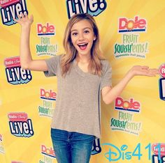 Photos: G Hannelius Had Fun Meeting Fans In Florida September 20, 2014