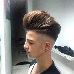 Haircut by dario_thebarber http://ift.tt/1OjI63T #menshair #menshairstyles #menshaircuts #hairstylesformen #coolhaircuts #coolhairstyles #haircuts #hairstyles #barbers