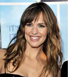 People say I look like this women so here she is with blunt bangs, wonder if I can as well:)
