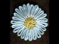 Applique Crochet - YouTube Crochet Flowers, Appliques, Dandelion, Embroidery, Nature, Youtube, Diy, Inspiration, Crochet Daisy