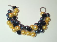 Yellow, Dark Gray, and Black Glass Pearl Beaded Cluster Bracelet