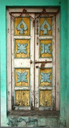 .cllasic door
