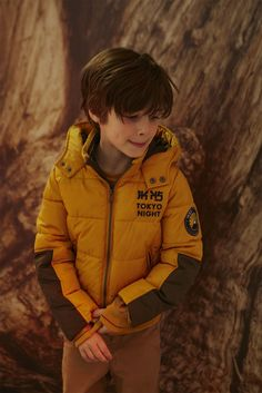 Focus on the essential winter items: warm parka, padded jacket, knitwear and accessories. IKKS boys are ready to brave the cold in all circumstances! Cute 13 Year Old Boys, Young Cute Boys, Cute Teenage Boys, Kids Boys, Cute Kids, Boys Summer Outfits, Summer Boy, Ikks Kids, Girls Winter Jackets