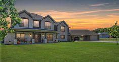 Gorgeous North Texas Estate  Debra Pettit Group 214.437.6965 Town Center Real Estate pettit-group.com