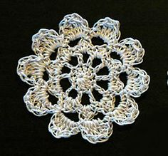 Ravelry: Lace Flower pattern by HappyBerry