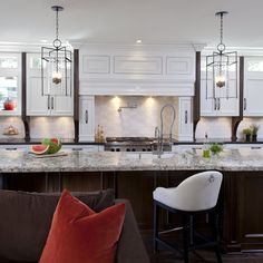Stylish-transitional-kitchen-before-and-after