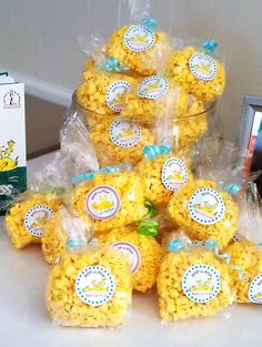 popcorn favors...great for kids parties need clear cellophane bags, popcorn, personalized labels, curling ribbon