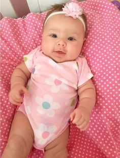 My little love Cute Little Baby, Pretty Baby, Cute Baby Girl, Baby Girl Newborn, Baby Love, Cute Baby Pictures, Baby Photos, One Month Baby, Black Baby Girls