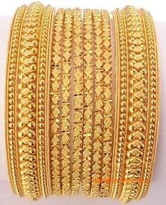 New indian bridal jewelry gold bangles jewellery designs Ideas Gold Bangles Design, Gold Jewellery Design, Handmade Jewellery, Gold Rings Jewelry, Bridal Jewelry, Fine Jewelry, Women's Jewelry, Silver Jewellery, Jewelry Making