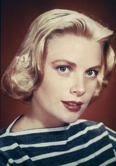 Grace Kelly and a classic breton stripe, what more do we need?