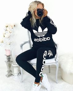 Adidas Womens Outfit Pictures dog posts on adidas outfit sporty outfits adidas Adidas Womens Outfit. Here is Adidas Womens Outfit Pictures for you. Adidas Womens Outfit holynights claudia adidas trainers merry christmas in. Komplette Outfits, Fall Outfits, Summer Outfits, Casual Outfits, Fashion Outfits, Fashion Clothes, Outfit Winter, Casual Shoes, School Outfits