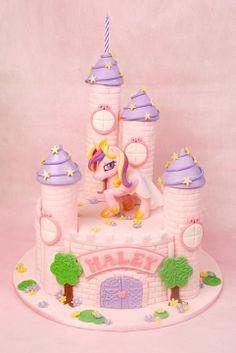 My Little Pony cake by The Bunny Baker