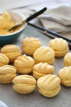 Old Fashioned Custard Cookies - Bits Of Carey Custard Biscuits, Custard Cookies, Biscuit Cookies, Sandwich Cookies, Biscuit Recipe, Cinnamon Biscuits, Cake Cookies, Baking Recipes, Cookie Recipes