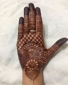 If You Looking For Interesting Mehendi Design Then You On Right Destination. Mehendi Is Made On festivals And It is Widely Used In Function .