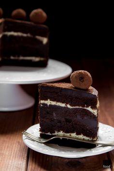 food2: шоколадный Торт с трюфелями и лимонным кремом 2. день рождения блога