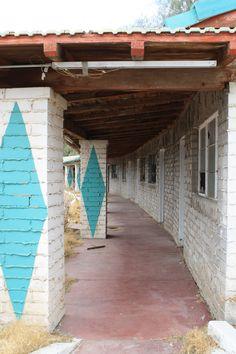 Abandoned motel,  Royal Hawaiian, Baker California