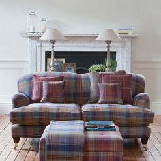 Ideas for the house on pinterest traditional living for Tartan living room ideas