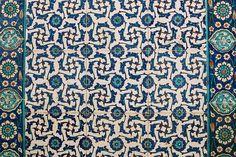 Rüstem Paşa - İznik tiles by © Sam.Seyffert, via Flickr Moroccan Design, Design Art, Design Ideas, Islamic Art, Pottery Art, Contemporary Artists, Interior And Exterior, Persian, Carving