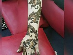 This article is about the best and gorgeous henna patterns. We are selecting Top 10 Lovely Mehndi Designs for Girls 2019 here from the best. Khafif Mehndi Design, Floral Henna Designs, Arabic Henna Designs, Mehndi Designs Book, Modern Mehndi Designs, Mehndi Design Pictures, Bridal Henna Designs, Beautiful Henna Designs, Dulhan Mehndi Designs