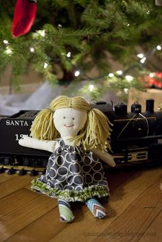 Quaint and Quirky: links to tutorials, body, hair, face, dress...Handmade Rag Doll