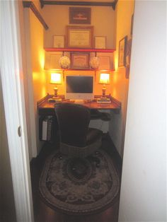 Welcome to my home office - where I'm typing this very post! Our previous homeowners turned this coat closet into an office space. Tiny Living, Living Spaces, Tiny Apartments, Household Organization, Cozy Apartment, Next At Home, Little Houses, Space Saving, Home Office