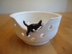 Kitten Knitting Bowl by Velma Richmond Pottery o
