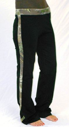 Realtree Girl Black Lounge Pants. These look comfy. I WANT THESE!!!