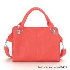 i have same color bag :)