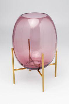 Produktinformationen handgefertigt Glas lila, Metallgestell messingfarbig Kare Design, Vase, Messing, Table Lamp, Inspiration, Shop, Home Decor, Lilac, Decorating Ideas