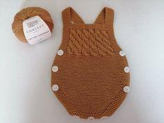 Knitting For Kids, Baby Knitting, Crochet Baby, Crochet Top, Crochet Blanket Patterns, Knitting Patterns, Baby Pants Pattern, Knitted Baby Clothes, Baby Costumes