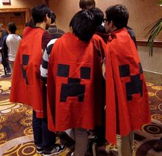 News: 20 Amazing Minecraft Costumes at MineCon 2011 - Yıldız Fırsat Minecraft Iron, Mine Minecraft, Amazing Minecraft, Minecraft Cake, Minecraft Ideas, Cute Halloween Costumes, Pet Costumes, Halloween Themes, Halloween Party
