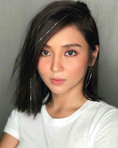 """""""You are the constant in this world of variables Kathryn Bernardo Photoshoot, Kathryn Bernardo Hairstyle, Filipina Actress, Filipina Beauty, Celebrity Short Hair, Daniel Padilla, Teen Celebrities, Just Girl Things, Selfie"""