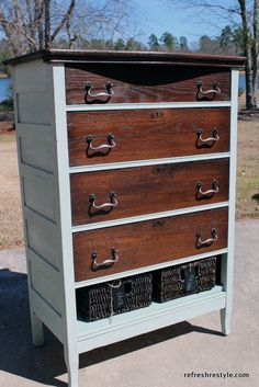 The bottom drawer is swapped out for baskets. The two tone is beautiful. #diy #paintedfurniture #upcycle #refresh