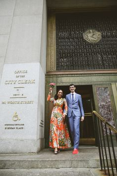 This is the most updated guide for NY City Hall weddings and elopements with useful tips and all the info you need to know to prepare for the process. Kerala, Registry Office Wedding, New York City Hall, Justice Of The Peace, Timeless Photography, Practical Wedding, Casual Wedding, Wedding Outfits, Dress Wedding