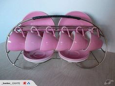 Retro Crockery Rack Fab for your Crown Lynn for sale on Trade Me, New Zealand's auction and classifieds website Vintage Decor, Retro Vintage, 50s Furniture, Pink Couch, Color Glaze, Vintage Dishes, Caravan Ideas, Art Deco, Pottery